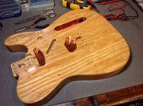 Cobre en cavidades de pastillas y controles de Fender Telecaster