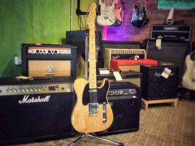 Fender Classic Player baja Telecaster de fresno