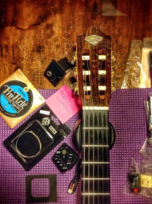 Pastilla que irá colocada debajo de la cejuela de la guitarra