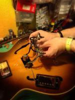 extrayendo los potes de la Gibson 175