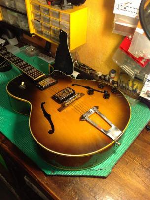 Pastillas nuevas en Gibson 175