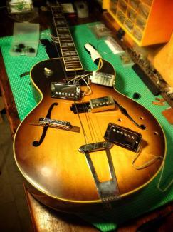 Pastillas retiradas de la Gibson 175