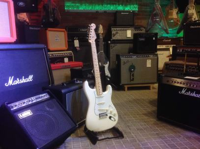 Fender Stratocaster American series Olympic White