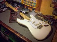 Fender Stratocaster American series maple neck