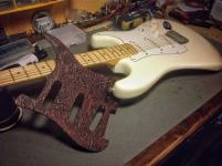 Golpeador de piel para Stratocaster