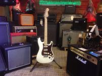 Fender Stratocaster American Series Customizada