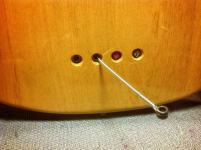 Agujeros traseros para cuerdas Gibson Ripper