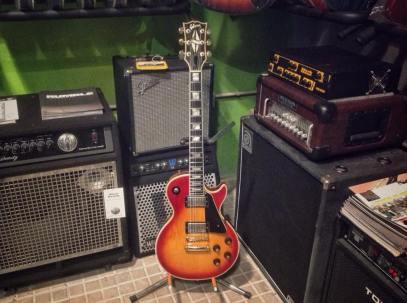 Gibson_LesPaul_Custom_Cherryburst-7