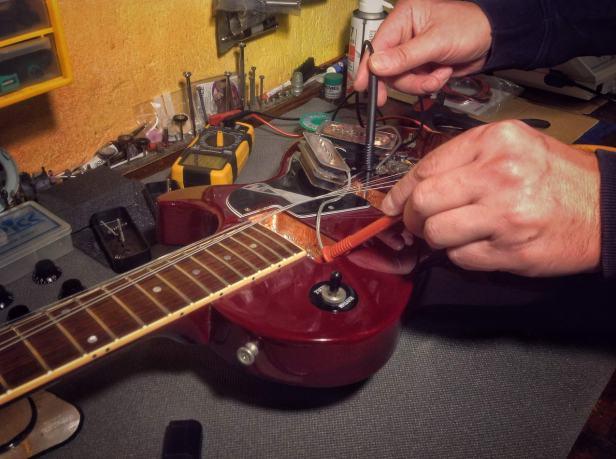 Gibson_LesPaul_Special_P-90_apantallamiento_026